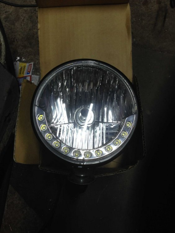 headlight_compressed.jpg