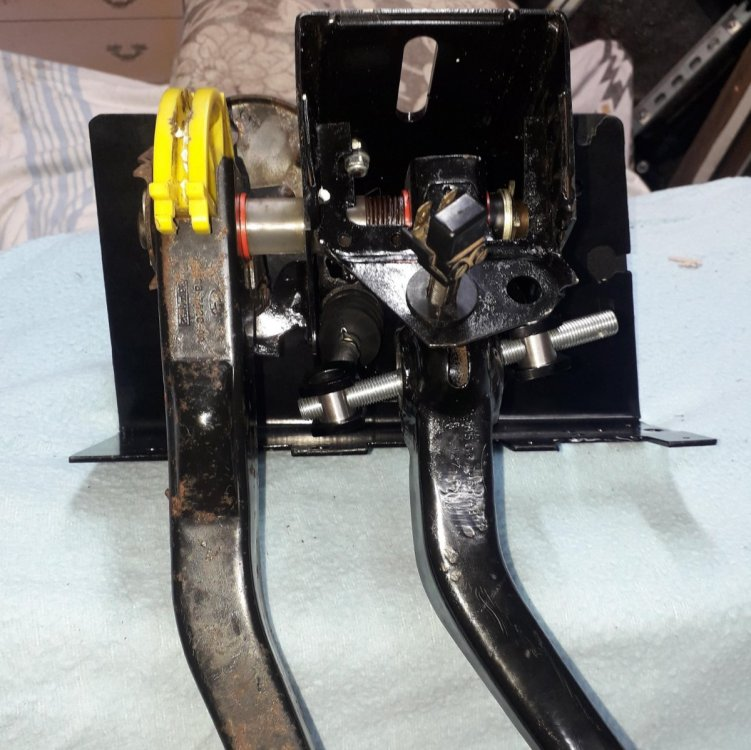 Pedal box assy (4) n.jpg